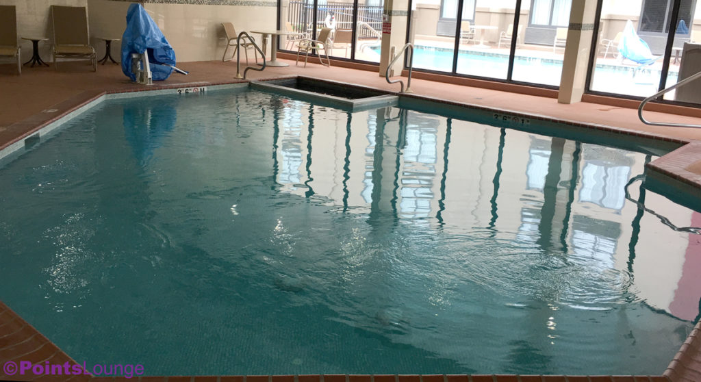 Holiday inn houston sw sugar land texas hotel review pointslounge for Swimming pool in novaliches area