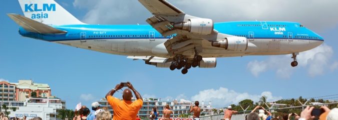 Injury from Jet Blast Kills Tourist at Maho Beach in St. Maarten